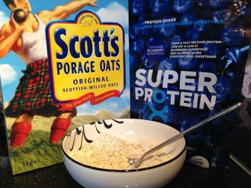 Blueberry protein porridge
