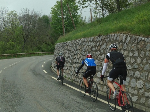 Stu was temporarily leading Jonno and Neill.