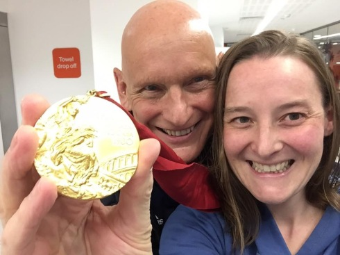 Tamsyn, Duncan Goodhew and Duncan's Olympic gold medal!!!