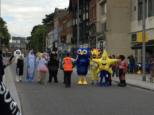 Mascots lined up for their race